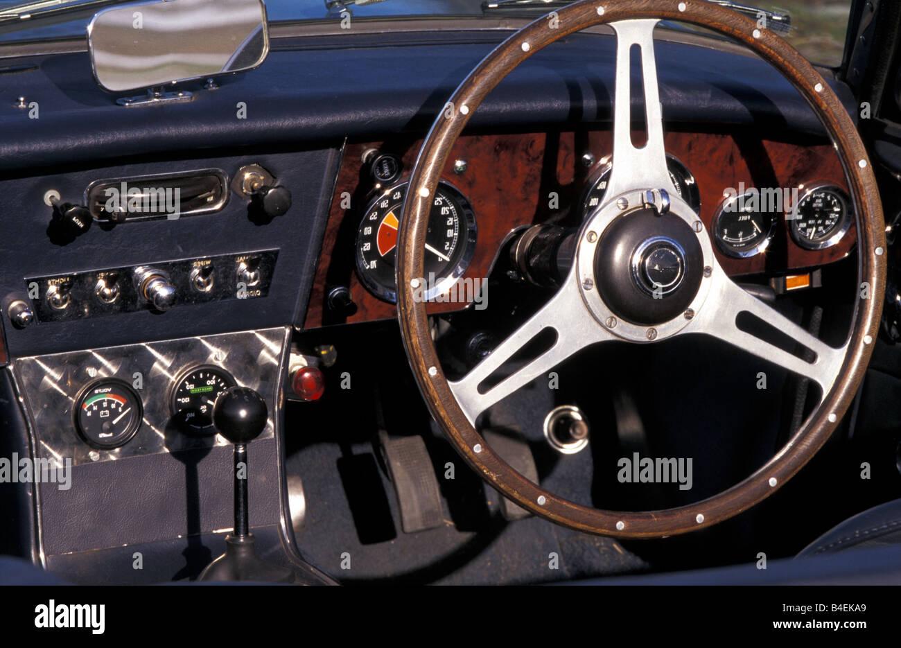 Auto, Austin Healey 3000 MK III, Cabrio, Oldtimer, Baujahr 1963-1968, dieses Auto Modelljahr 1964 Silber, 1960er Stockbild