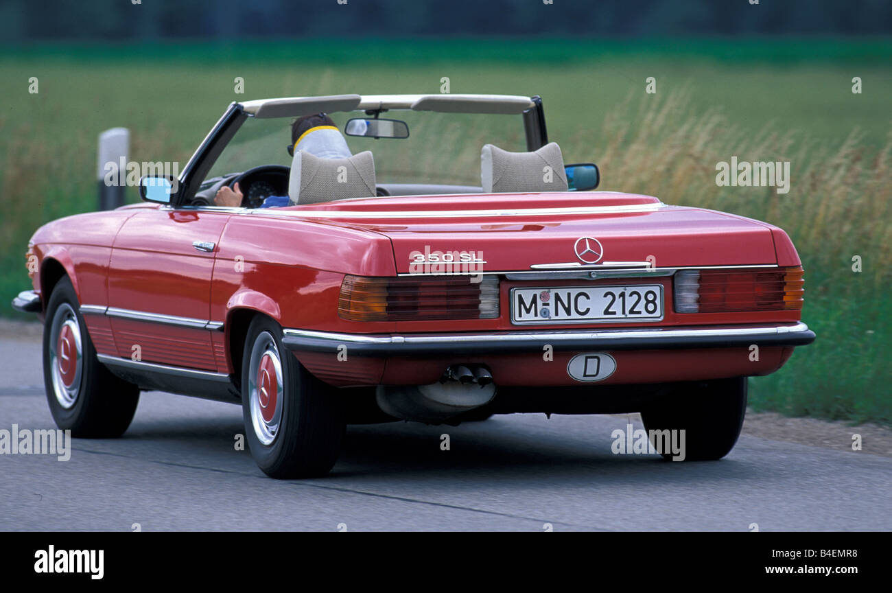 auto mercedes benz 350 sl r 107 cabrio modell jahr 1978. Black Bedroom Furniture Sets. Home Design Ideas