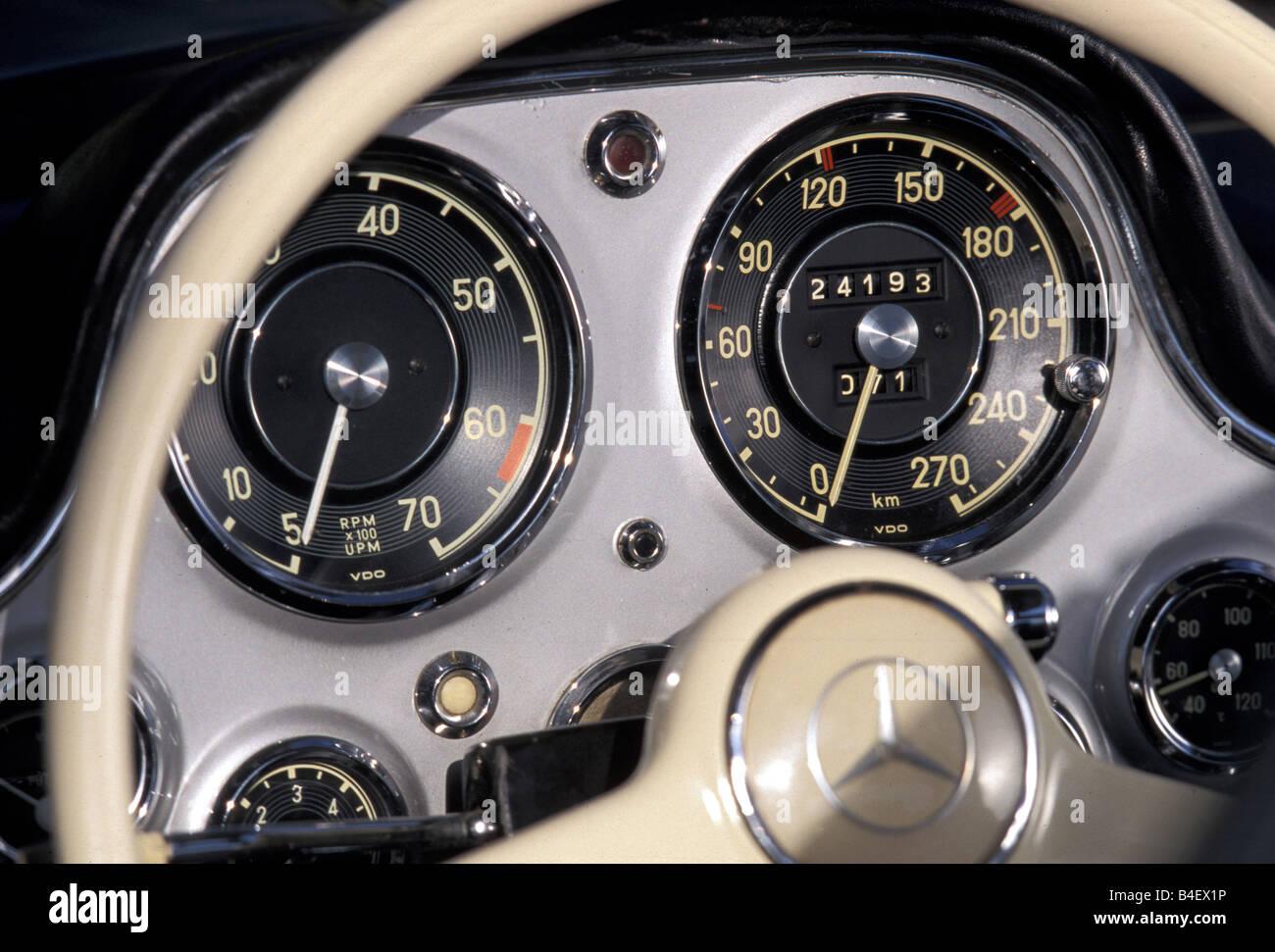 Auto, Mercedes 300 SL, Oldtimer, Detail, details, Cockpit, Tacho ...