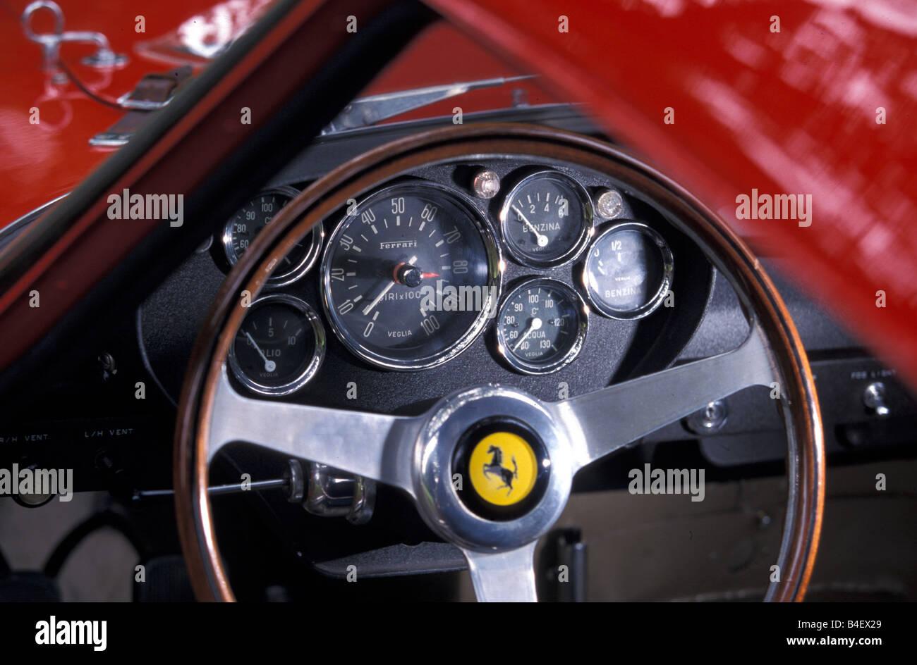Ferrari Cockpit Stockfotos & Ferrari Cockpit Bilder - Alamy