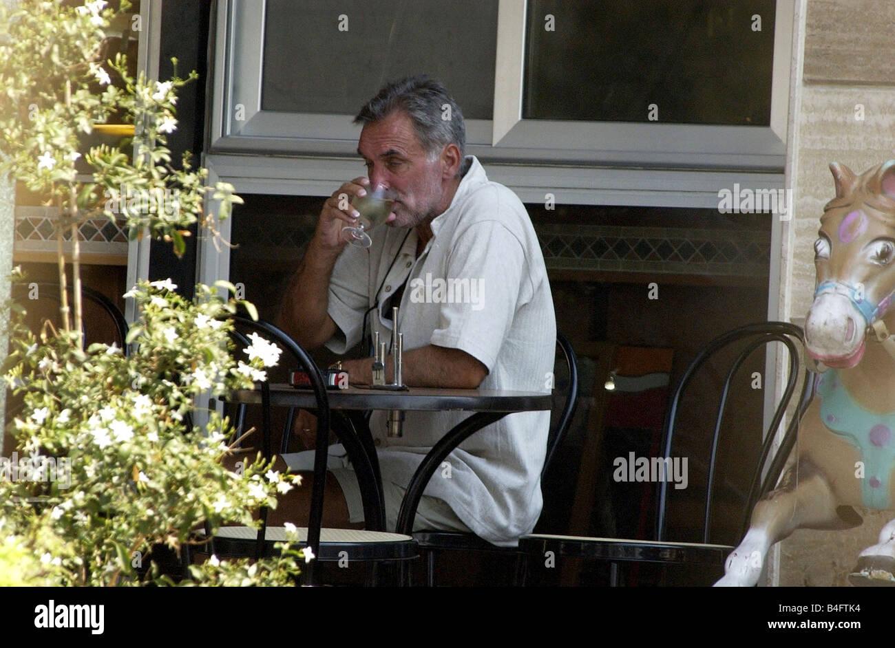George Best Getränke Weißwein bei Georgios Weinbar Sliema Malta This ...
