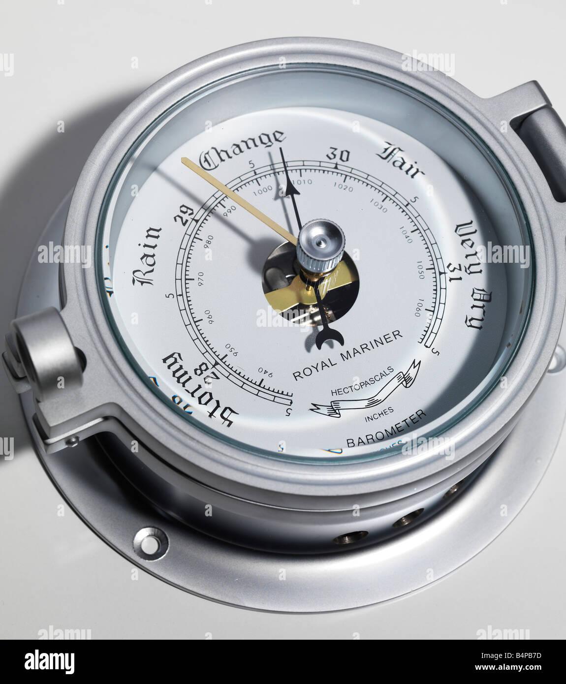 Barometer, Anzeigearm, Zeiger Nadel Druck stimmungsvolle, atmosphärische prognostiziert, Prevision, Wettervorhersage Stockbild