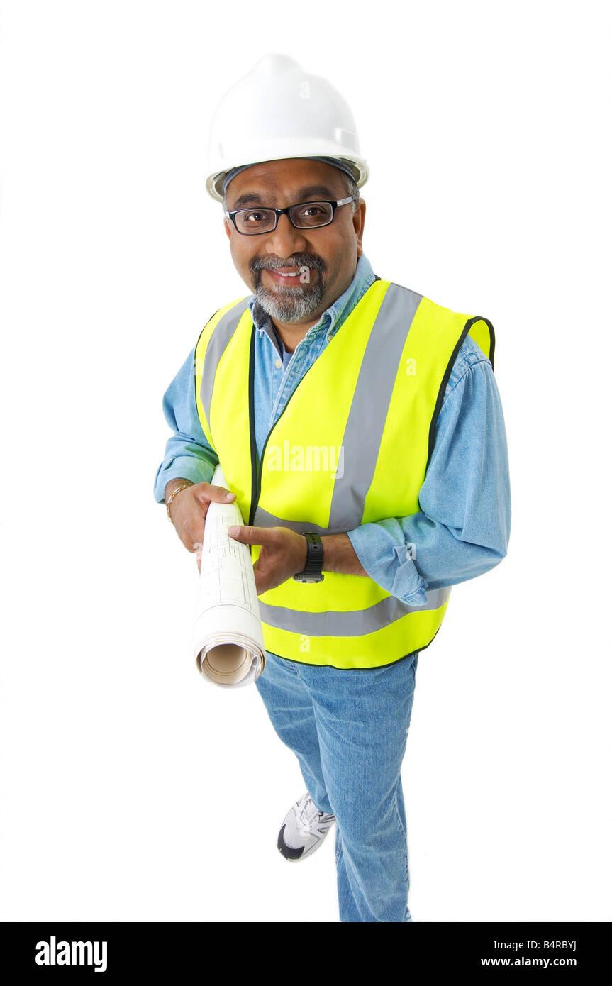 Indischen Mann trägt einen Schutzhelm und hält eine Clip-Board. Stockbild