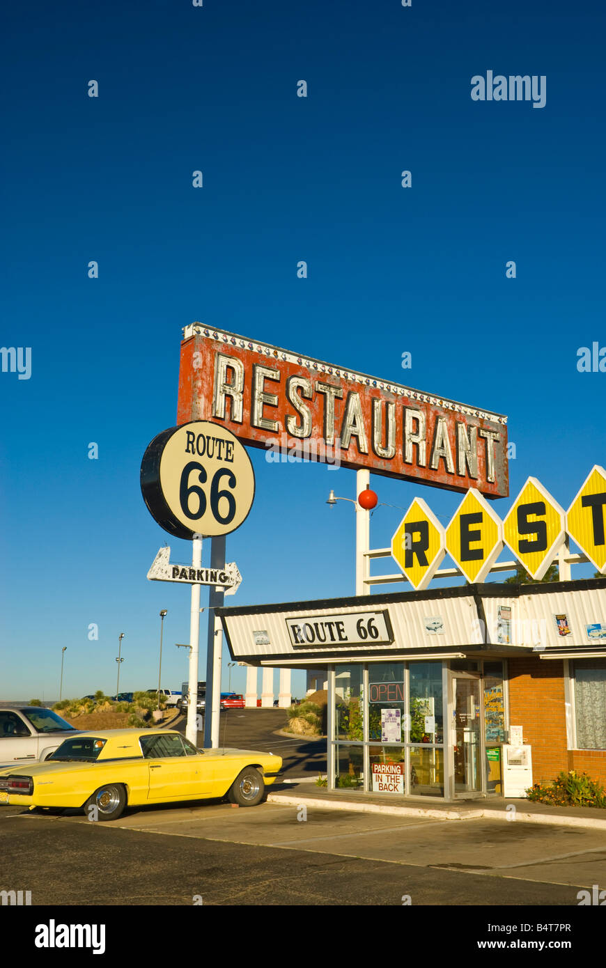 Signs At Route 66 Diner Stockfotos & Signs At Route 66 Diner Bilder ...