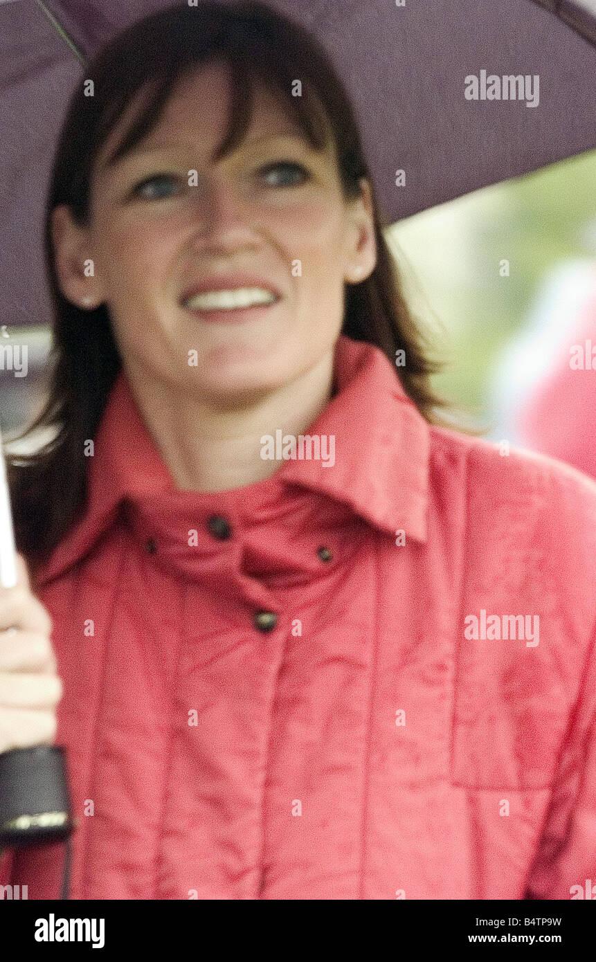 Julie McGillivray Snatch 1 Julie McGillivray die Frau des Rivercity Schauspieler Gilbert Martin, der heimlich treffen Stockbild