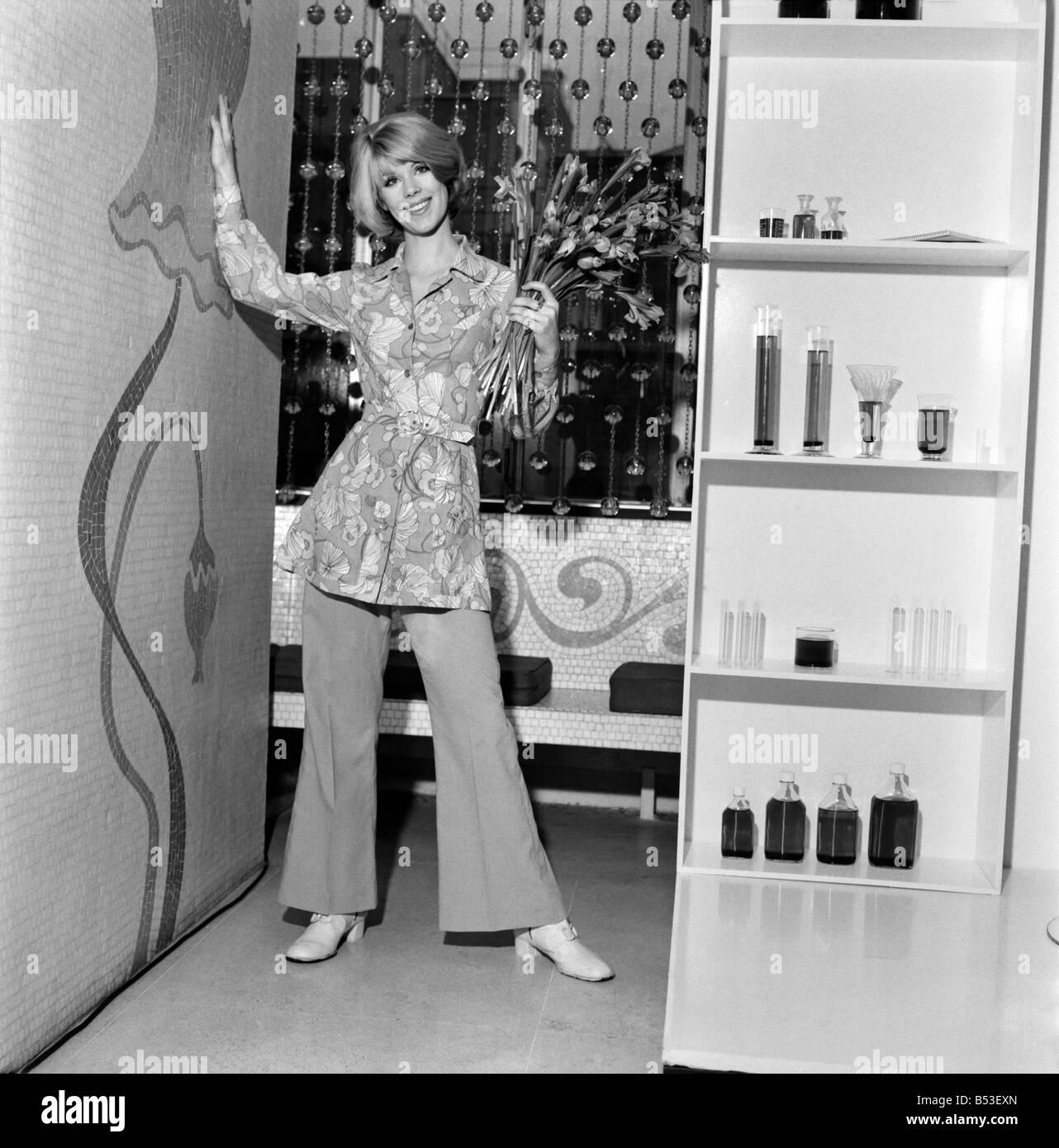 70s Fashion Stockfotos & 70s Fashion Bilder - Alamy