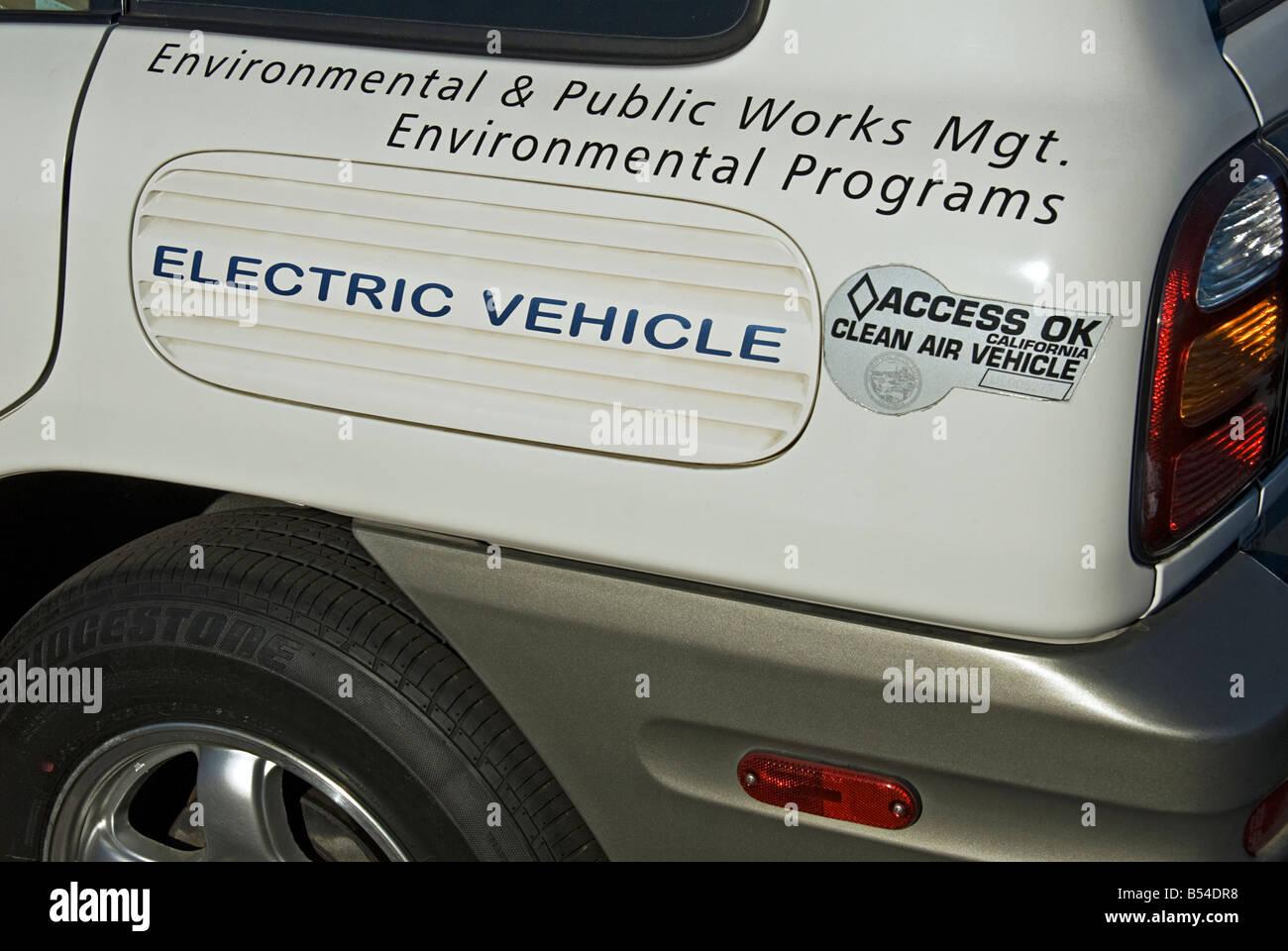Ökostrom Elektro-Umwelt und öffentliche Arbeiten Fahrzeug Stadt von Santa Monica, CA Stockbild