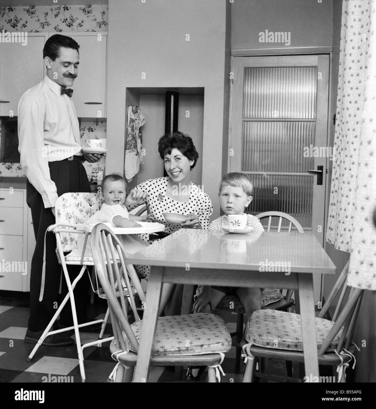 Die glückliche Familie der Daily Mirror: The Fry gelebt haben, in ...