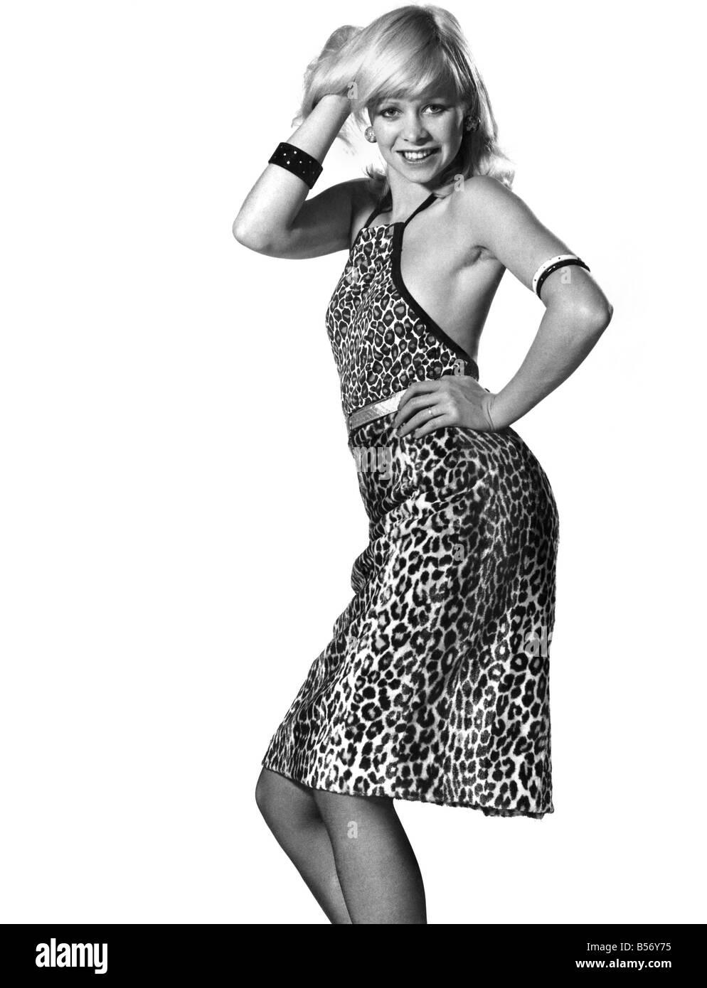 1970s Fashion Woman Stockfotos & 1970s Fashion Woman Bilder - Seite ...
