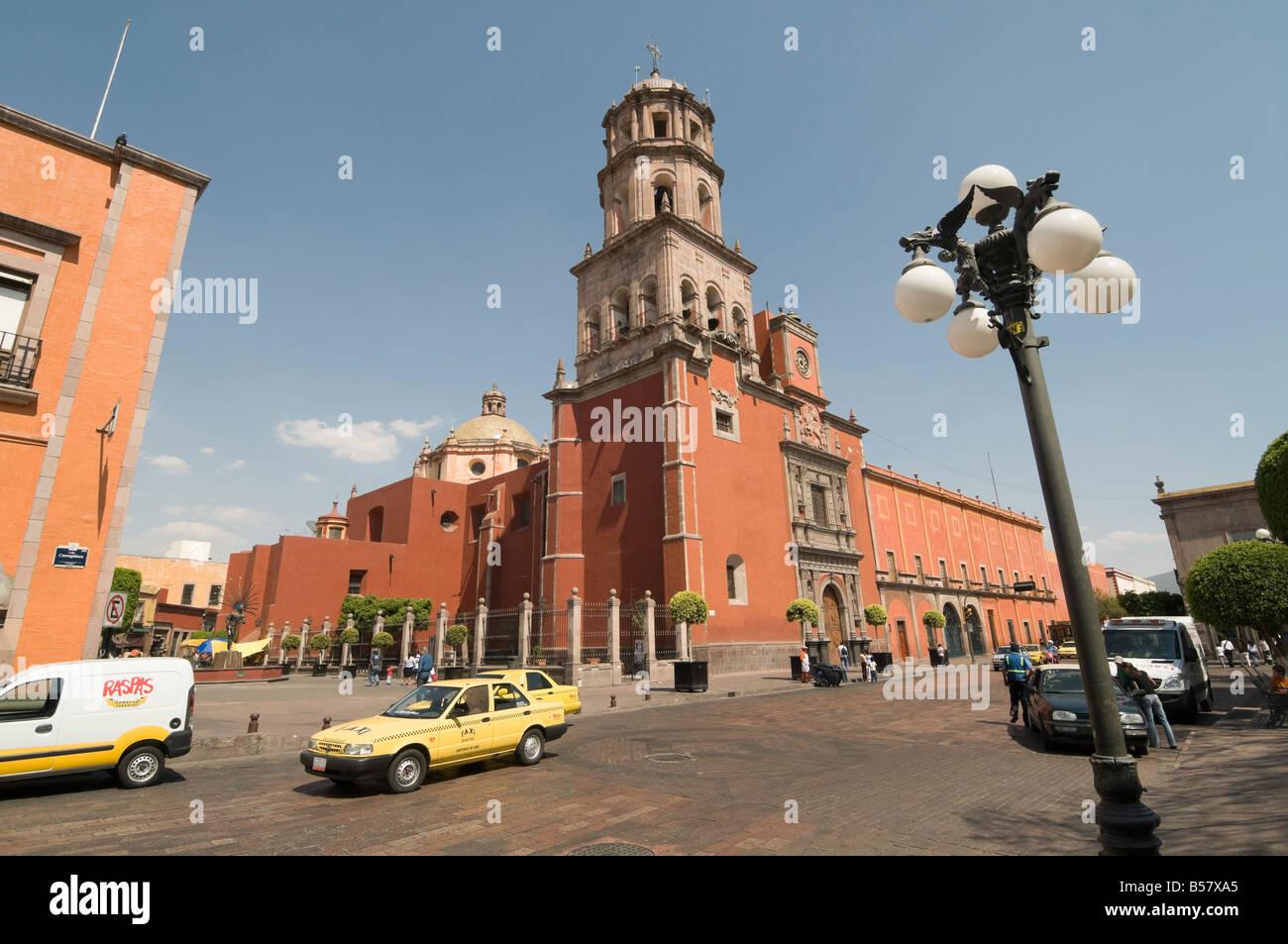 Turm der Kloster Kirche von San Francisco, Santiago de Querétaro (Querétaro), UNESCO-Weltkulturerbe, Queretaro Stockbild