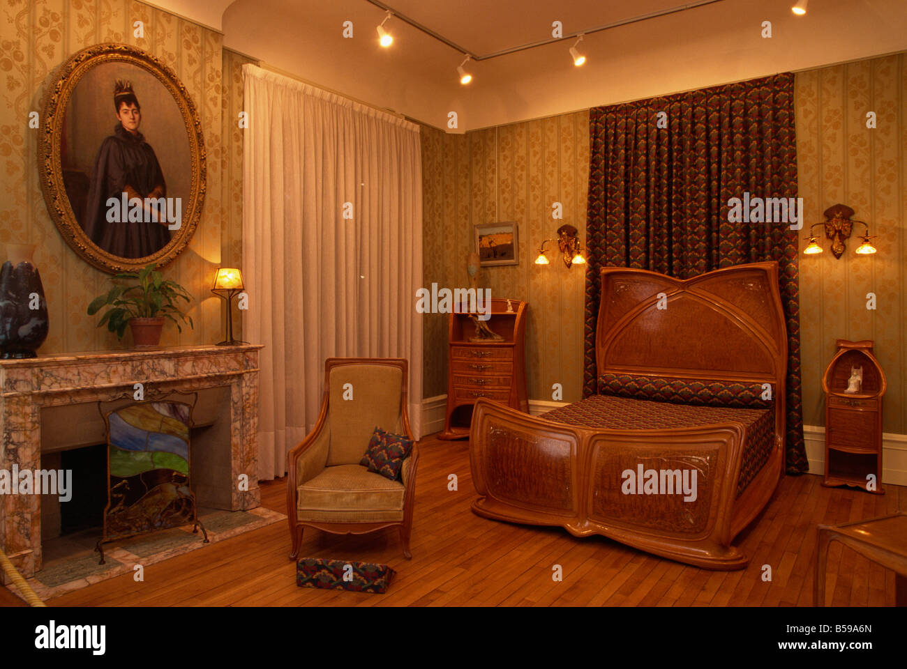 Jugendstil Schlafzimmer Innenraum im Musee de l \' Ecole de Nancy ...