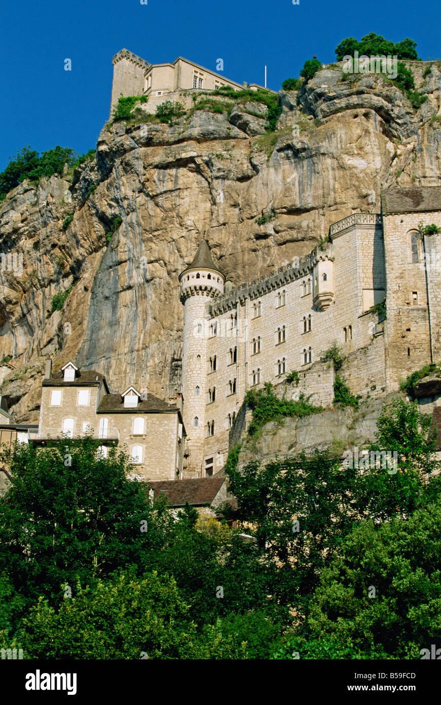 Rocamadour, legendären mittelalterlichen Dorf, das klammert sich an den Klippen des Alzou Tal, Lot, Frankreich, Stockbild