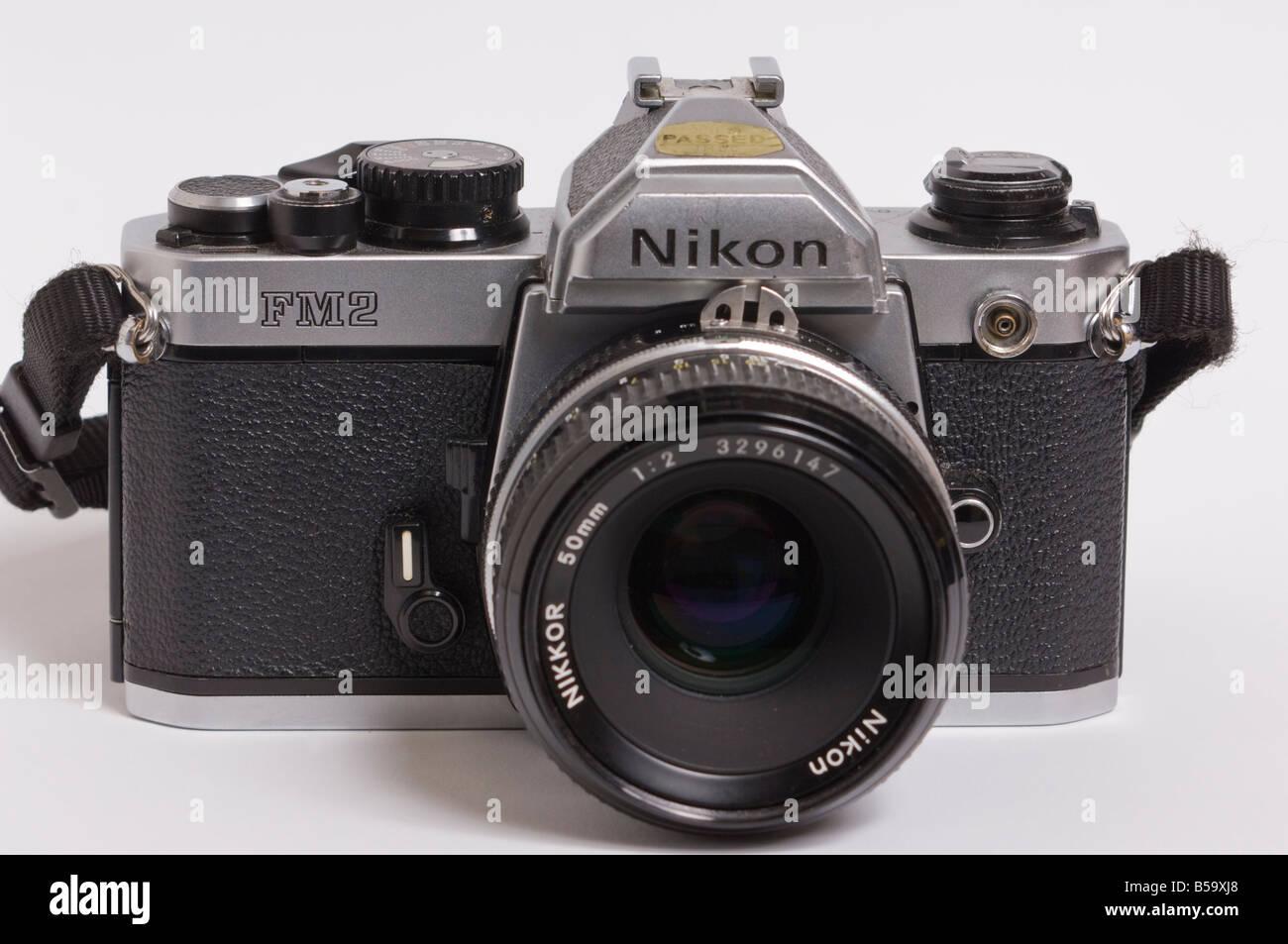 Eine Professionelle Nikon Fm2 Manuelle 35mm Filmkamera In Silber Mit
