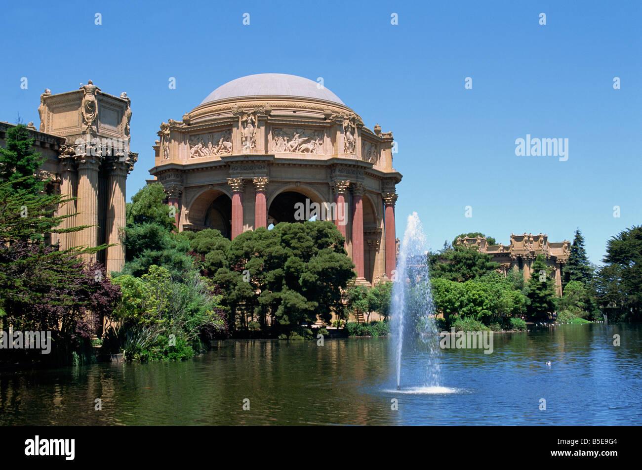 Der Palast der schönen Künste von Gips für die Pan-Pacific-Ausstellung im Jahre 1915 erbaut und restauriert Stockbild