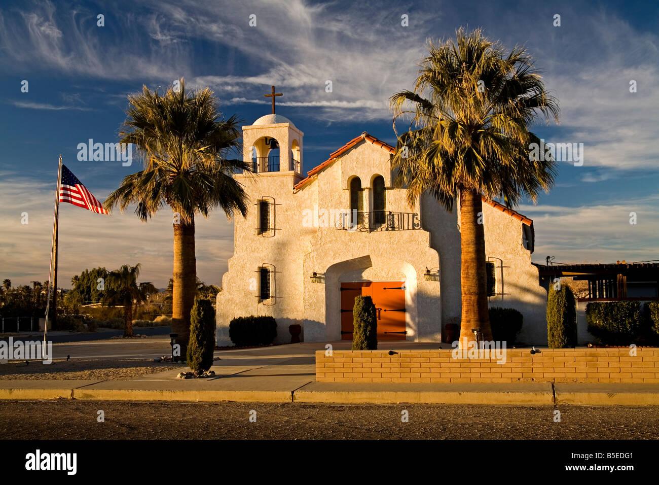 Allerheiligsten katholische Kirche, 29 Palms City, Kalifornien, USA, Nordamerika Stockbild