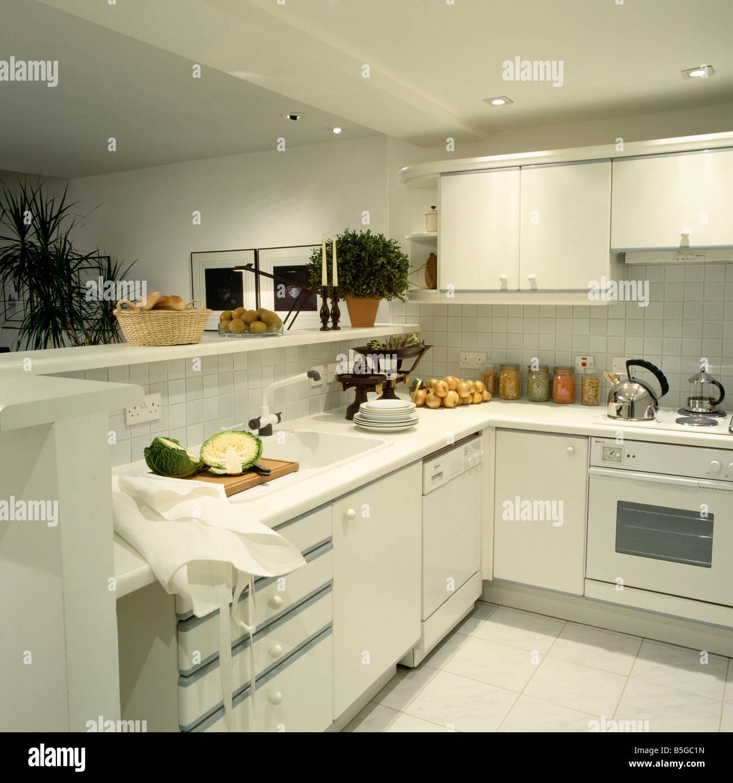 Appliances Oven Monochromatic Stockfotos & Appliances Oven ...