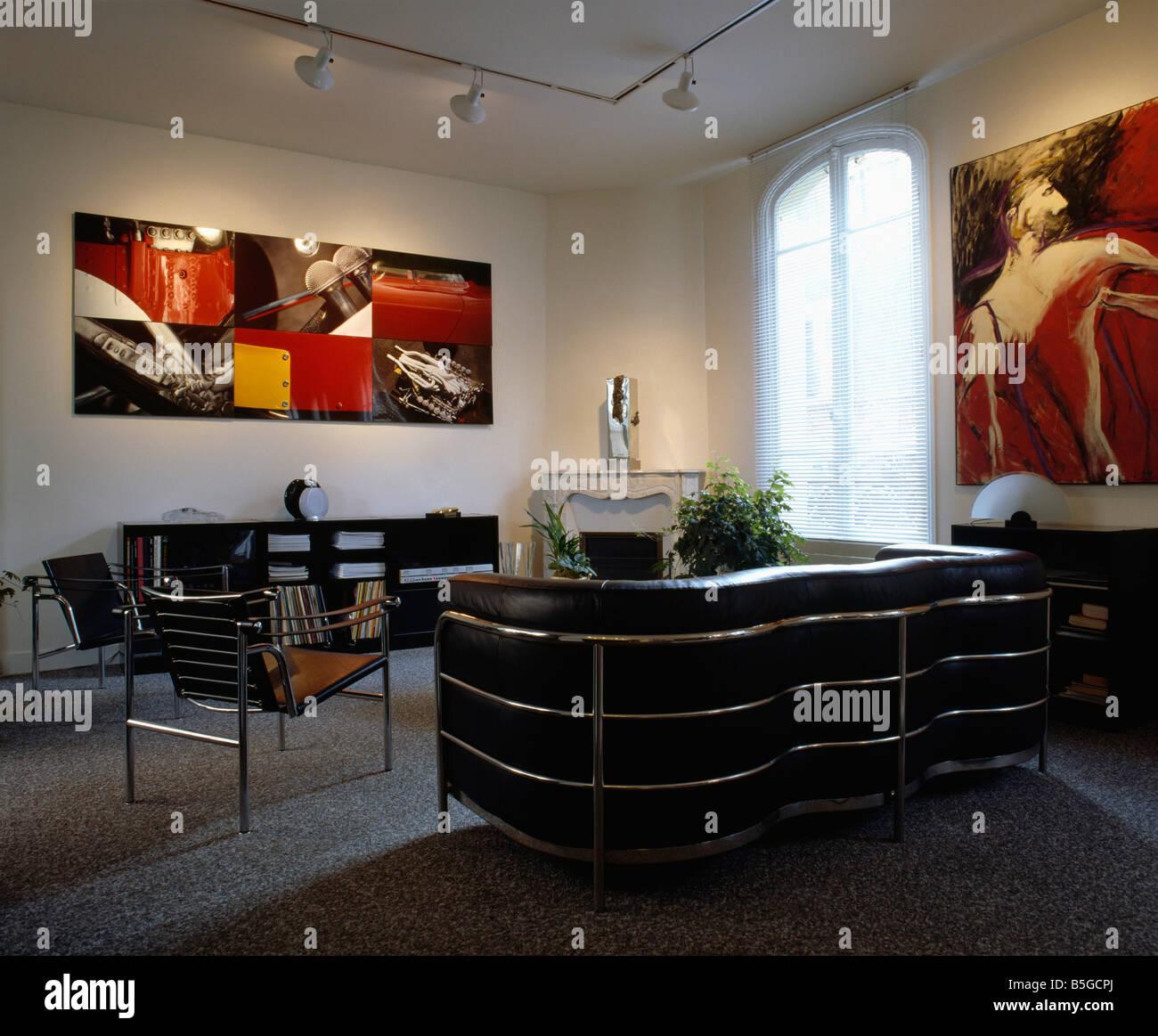 Leather sofas settees stockfotos leather sofas settees for Braune ledersessel