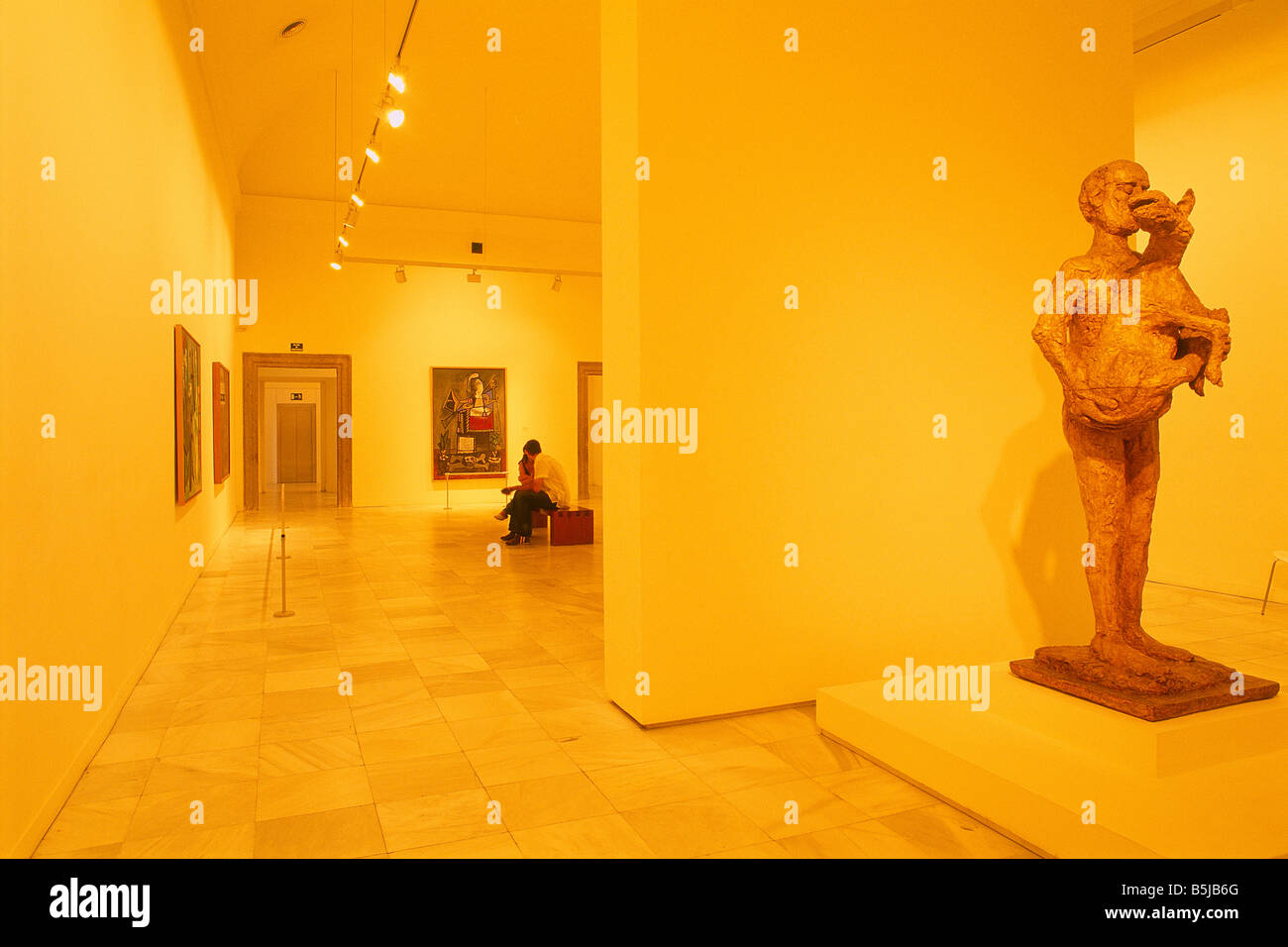 Spanien   Madrid   Königin Sofia Kunst Mitte   Museum Der Moderne Des 20.  Jahrhunderts   Kunst