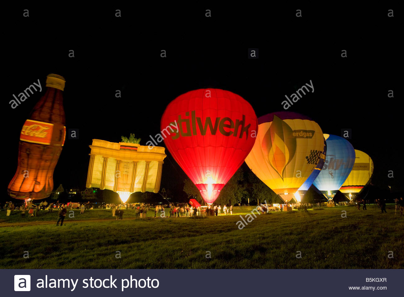 Ballonnen Met Licht : Heißluft ballon nightglow dunkelheit nacht beleuchtung glühende
