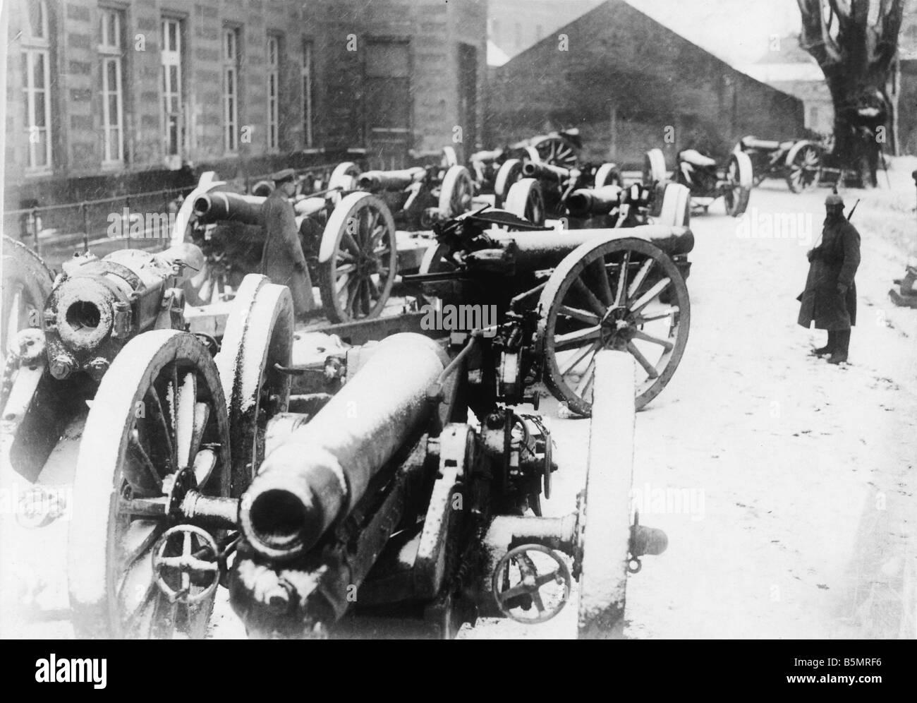 9-1917-11-20 A2 5 E gefangen Gewehre 1917 Erster Weltkrieg 1914-18 1 Western Front Panzerschlacht bei Cambrai 20. Stockbild