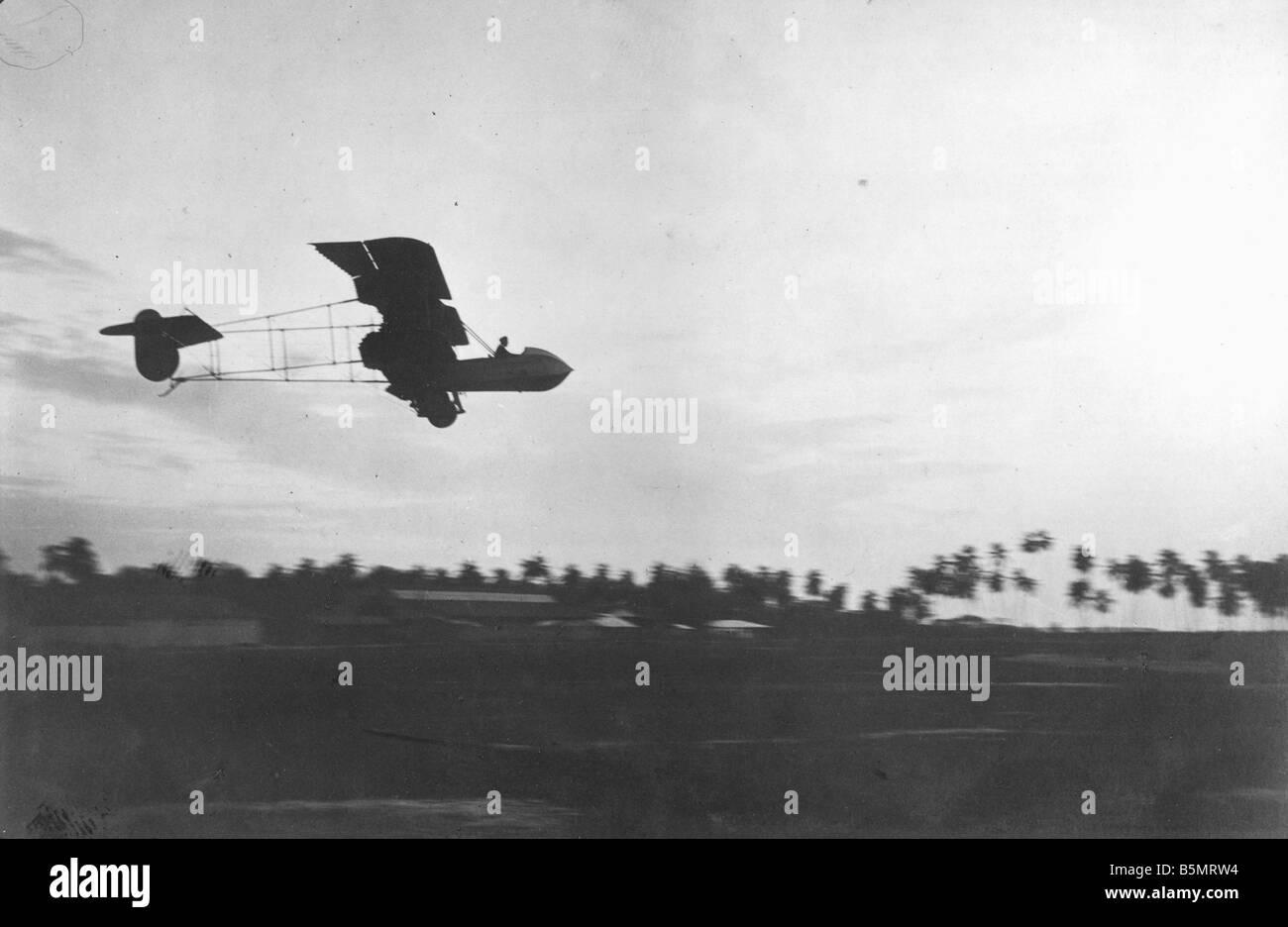 9AF 1914 0 0 A5 3 militärische Flugzeug Ger Ostafrika 1. Weltkrieg Krieg in den Kolonien Deutsch-Ostafrika heute Tansania Militärflugzeug Stockfoto