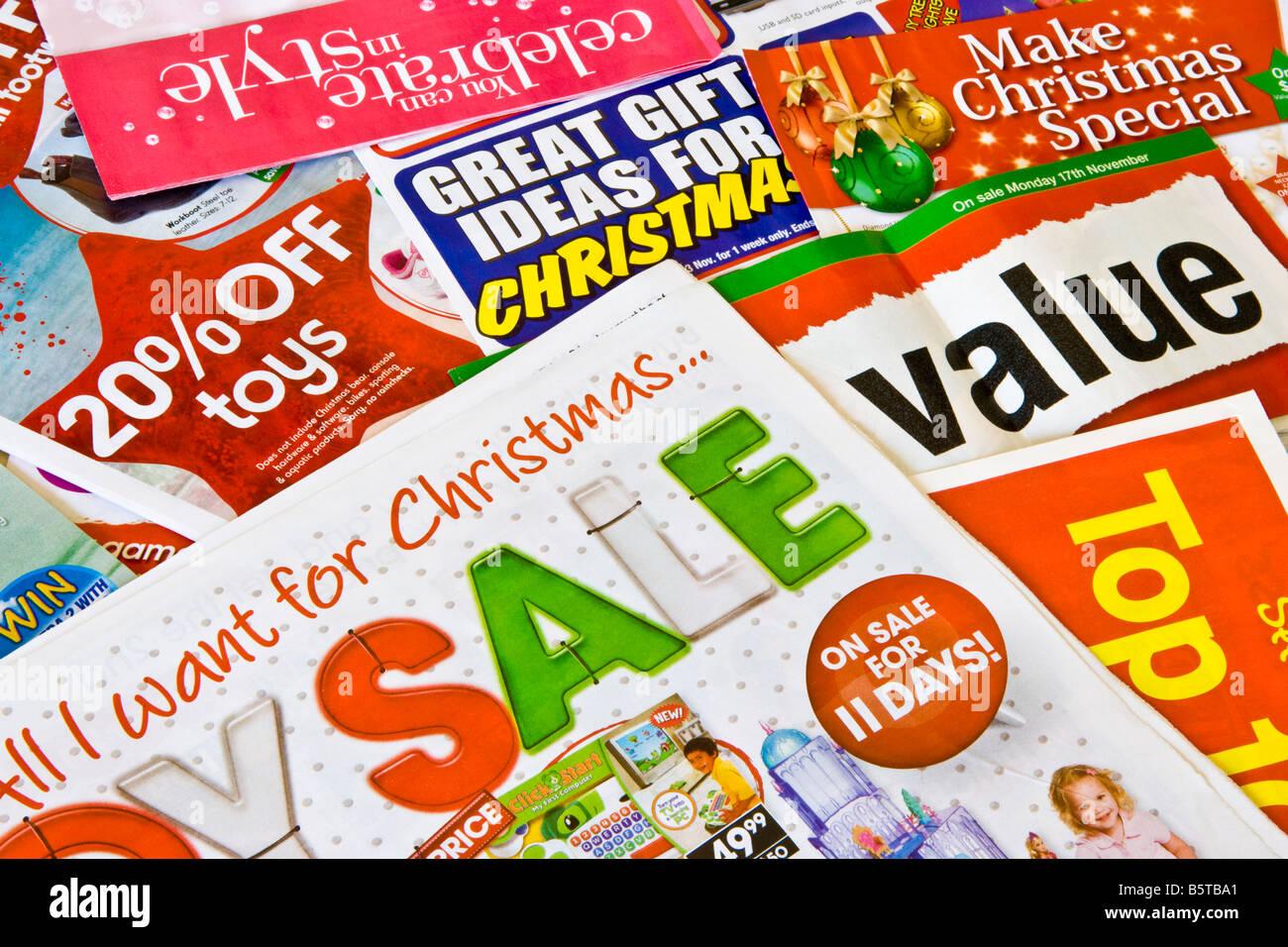Junk-Mail-Kataloge, Werbung für Weihnachtsgeschenke und Vertrieb ...