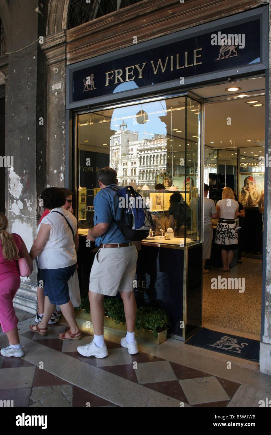Wille Stockfotos & Wille Bilder - Alamy