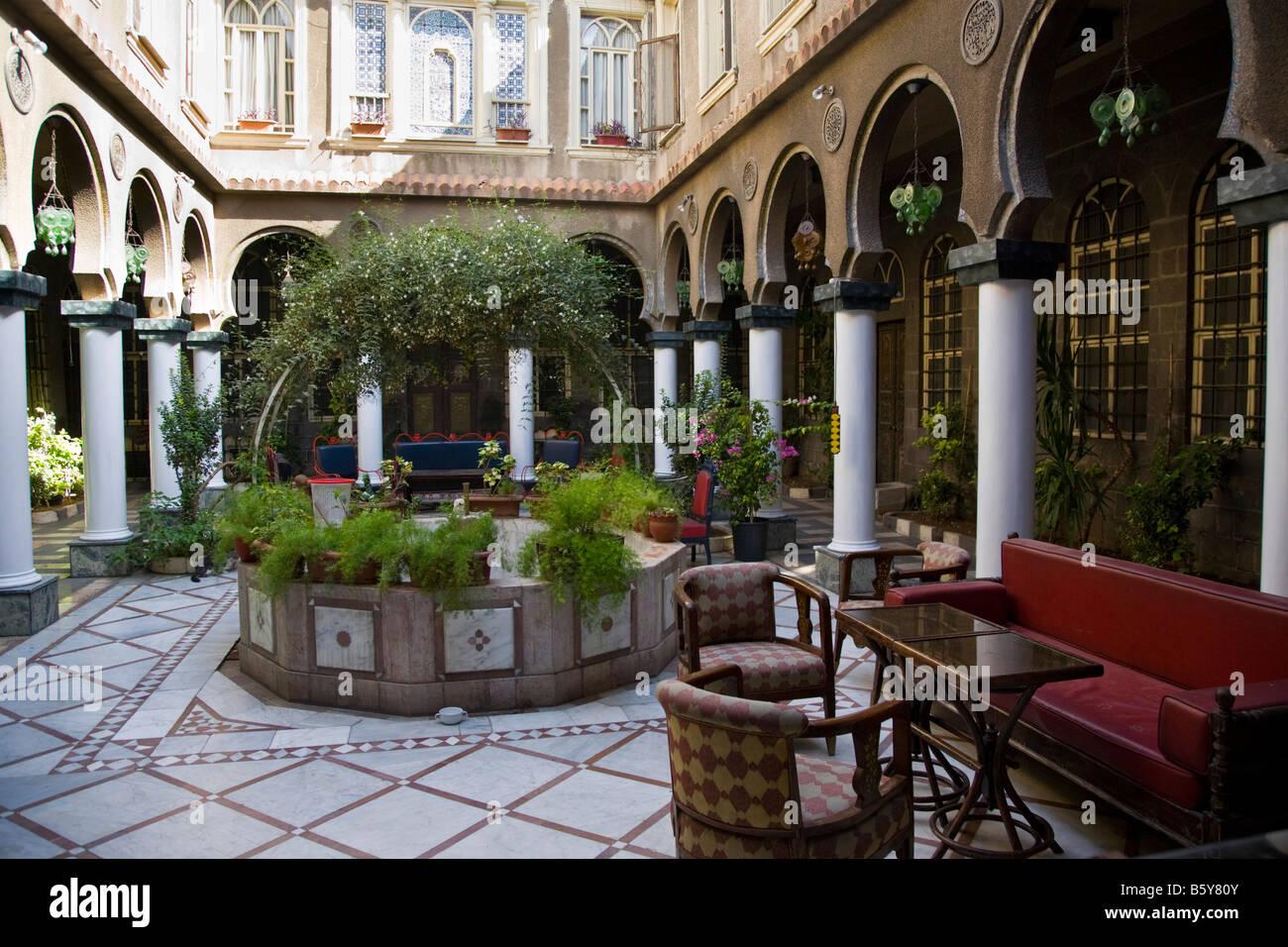 Ein Innenhof Eines Traditionellen Syrischen
