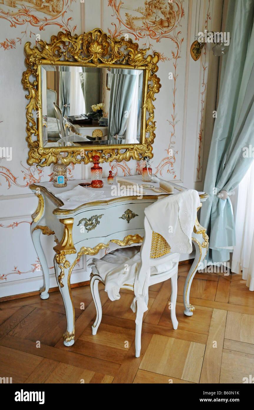 Pflege Von Tisch Spiegel Und Möbel In Die Inneneinrichtung Des