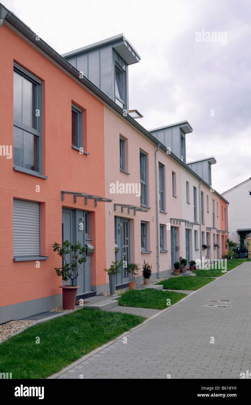 Immobilien Reihenhäuser, vor kurzem beendete, Bonn, Nordrhein-Westfalen Stockbild