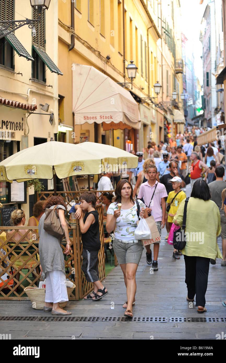 Fußgängerzone, San Remo, Riviera dei Fiori, Ligurien, Italien, Europa Stockbild