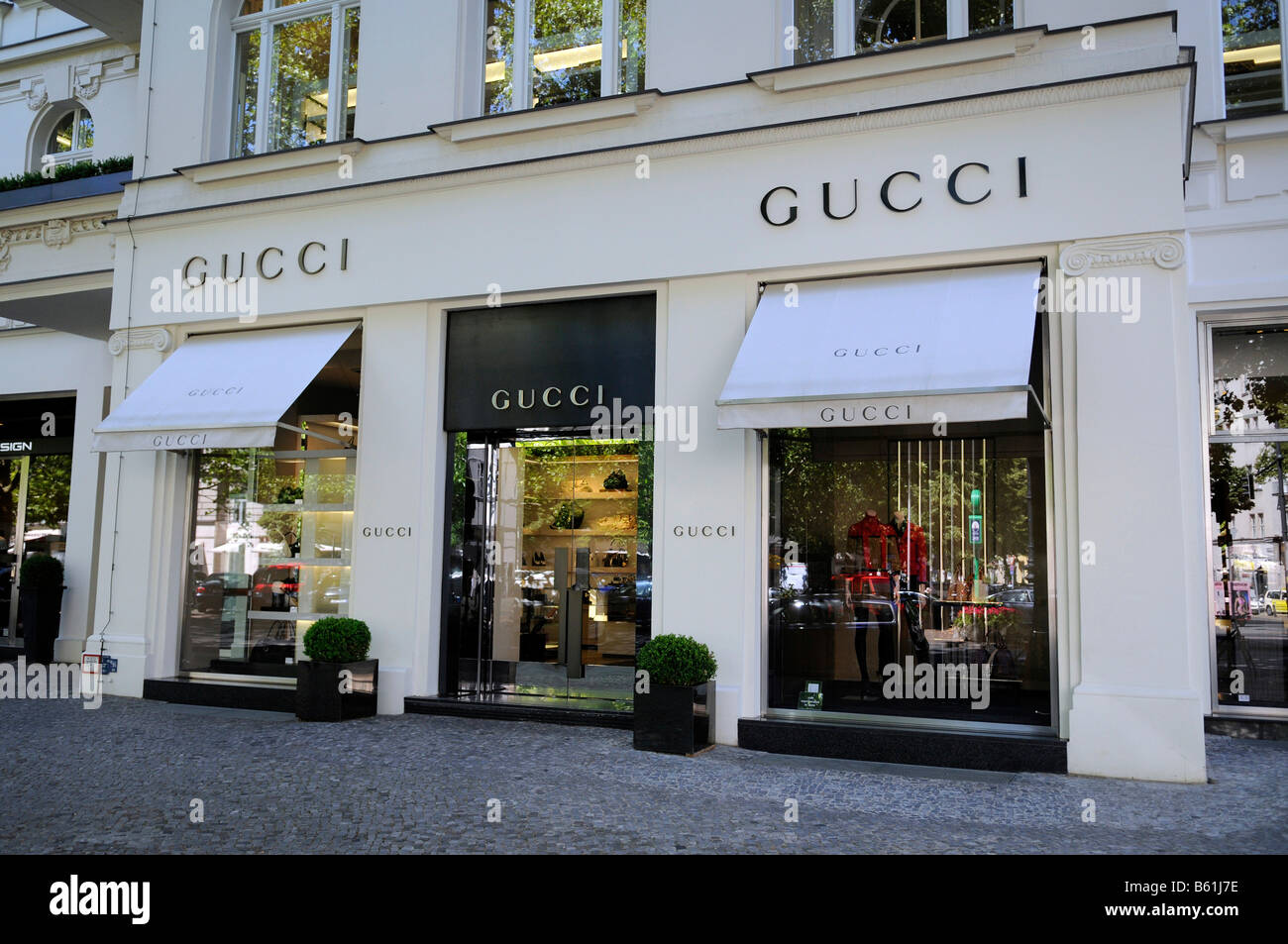 gucci store auf dem kudamm berlin stockfoto bild 20934578 alamy. Black Bedroom Furniture Sets. Home Design Ideas