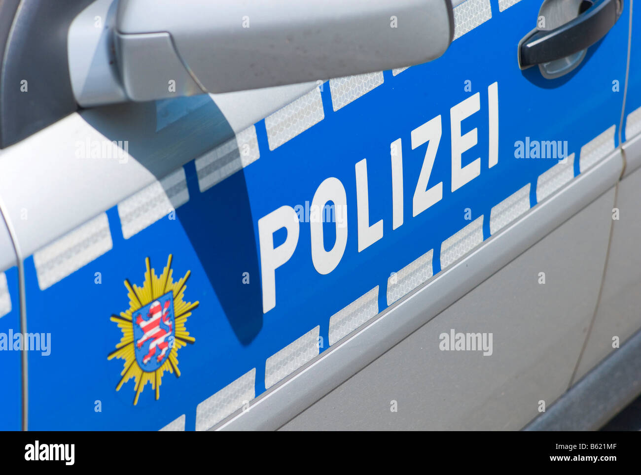 Polizei in Lettern auf einem Polizei Auto, Deutschland, Europa Stockbild