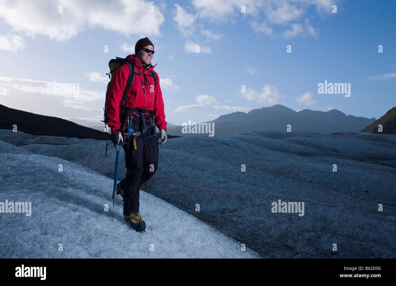 Wandern am Svinafellsjokul Gletscher, Ost-Island Stockbild