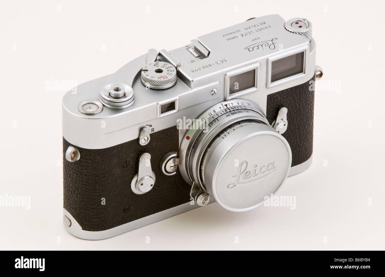 Klassische leica m entfernungsmesser filmkamera stockfoto bild