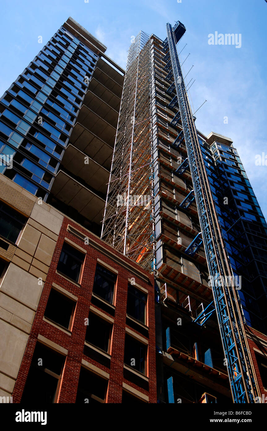 new york building scaffolding stockfotos new york building scaffolding bilder alamy. Black Bedroom Furniture Sets. Home Design Ideas