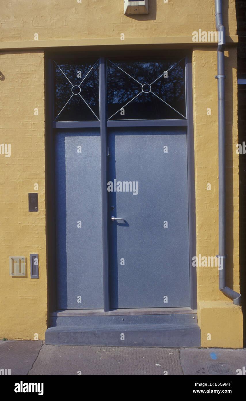 Holborn, London, UK modernen zeitgenössischen Stil Metall Haustür ...