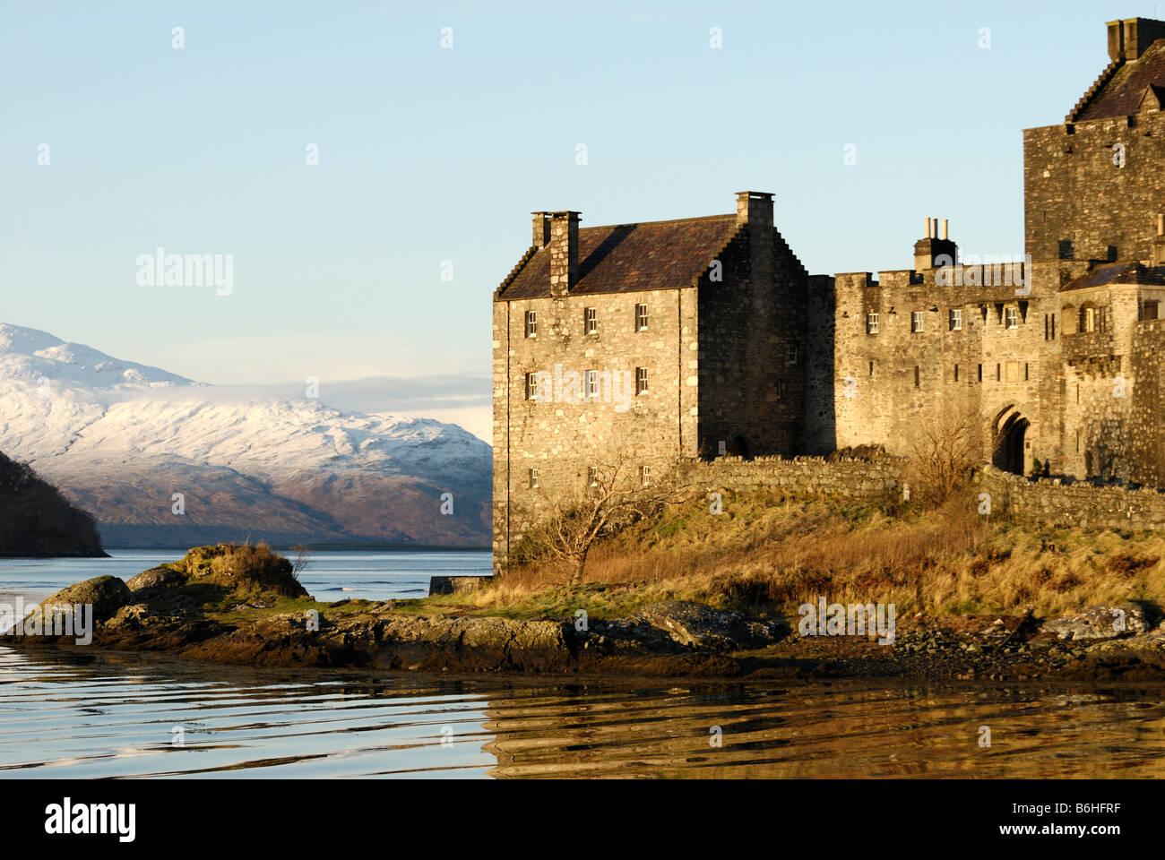 Eilean Donan Castle in Winter, Loch Duich, Schottland Stockbild
