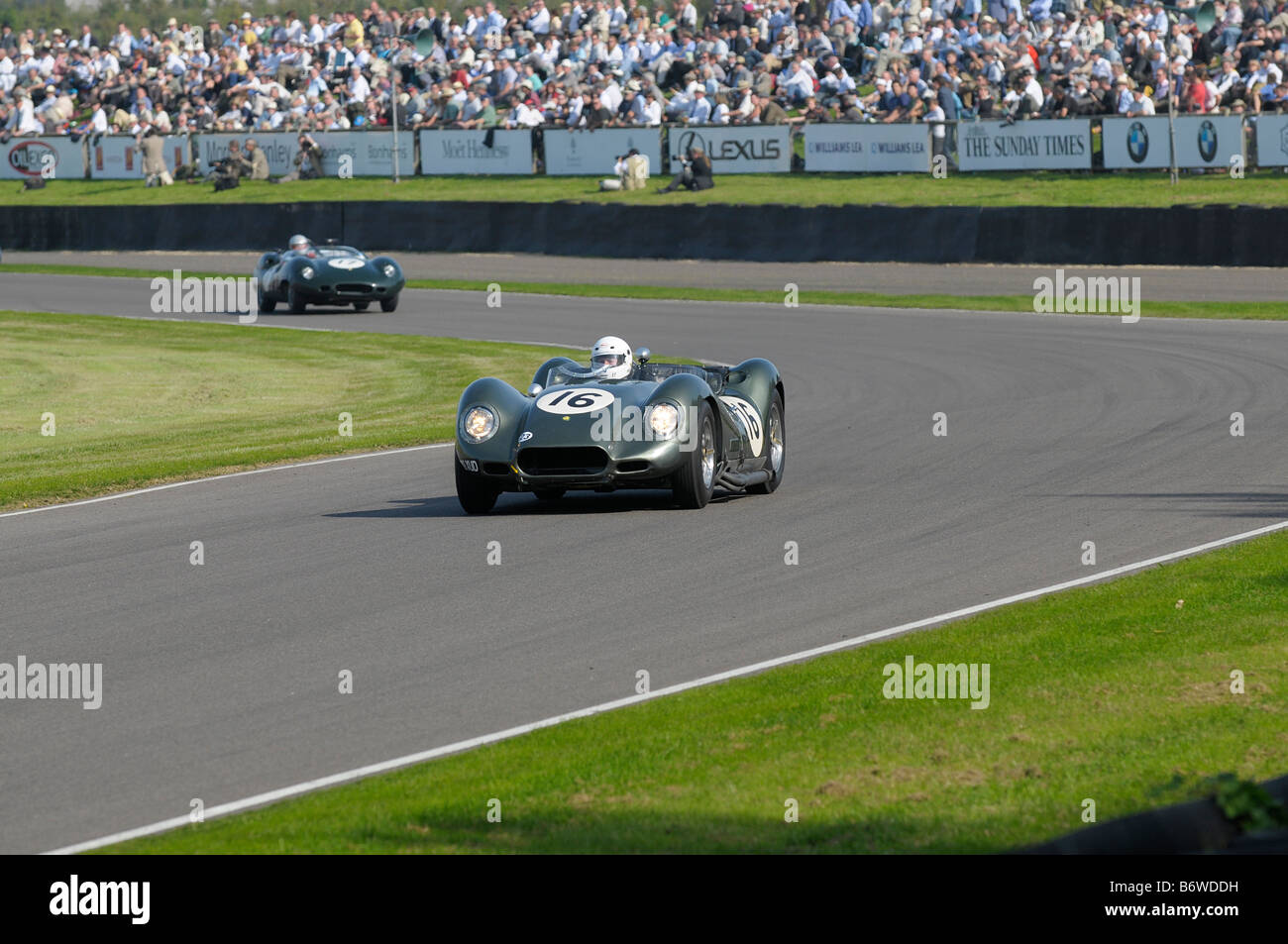 Beim Goodwood Revival meeting September 2008 Lister Chevrolet knubbeligen 1959 4600cc Jamie McIntyre Stockbild
