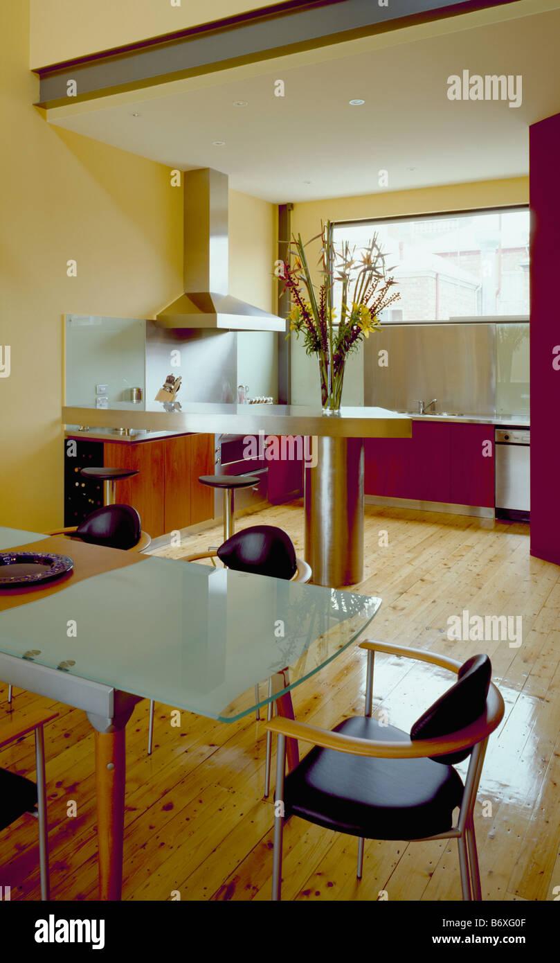 Diningrooms Interiors Kitchens Modern Stockfotos & Diningrooms ...