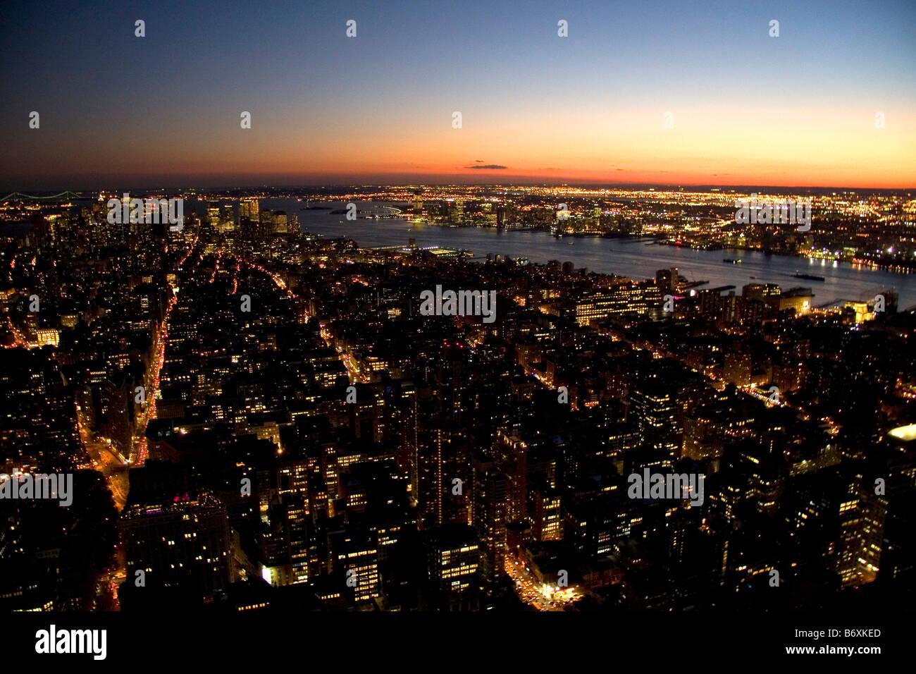 Nachtansicht des New York City New York USA Stockfoto