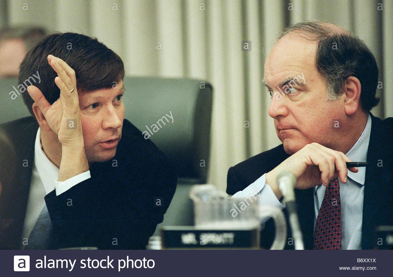 2 3 99 berät Haushalt 2000 Haus Haushalt Vorsitzender John Kasich R ...