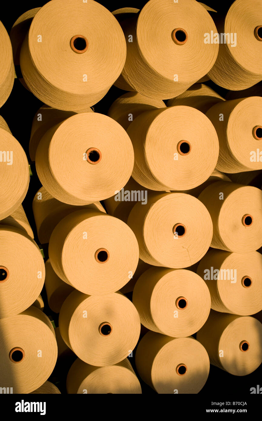 India Indore, Mahima Fasern Ltd. Spinnerei produzieren Baumwoll-Garn aus Bio-und Fairtrade-Baumwolle Stockbild