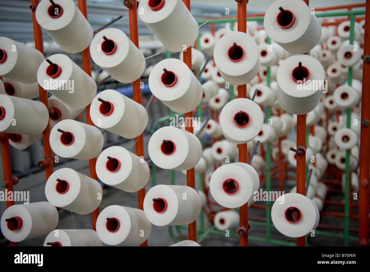 Indien Indore, Textilfabrik produzieren, Garn und Gewebe aus Fairtrade-Baumwolle Stockbild
