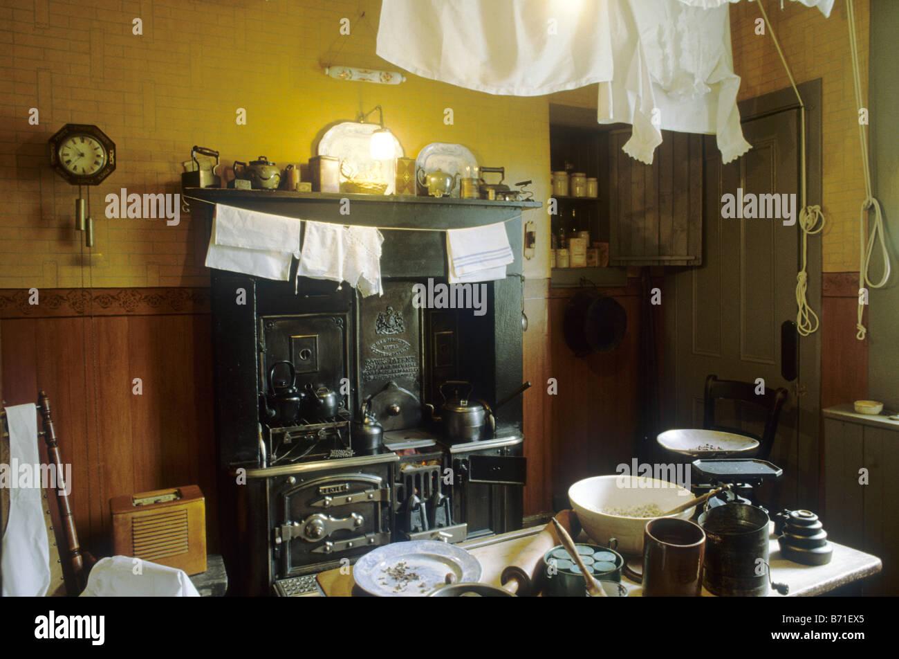 Schottische Möbel das mietshaus glasgow zeit küche schottland uk innenansicht museum