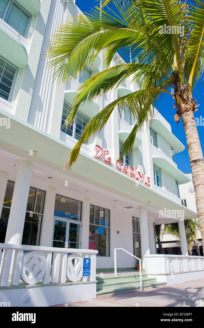 Miami South Beach, The Carlyle, weiß & grün Art-Deco-Gebäude mit ...