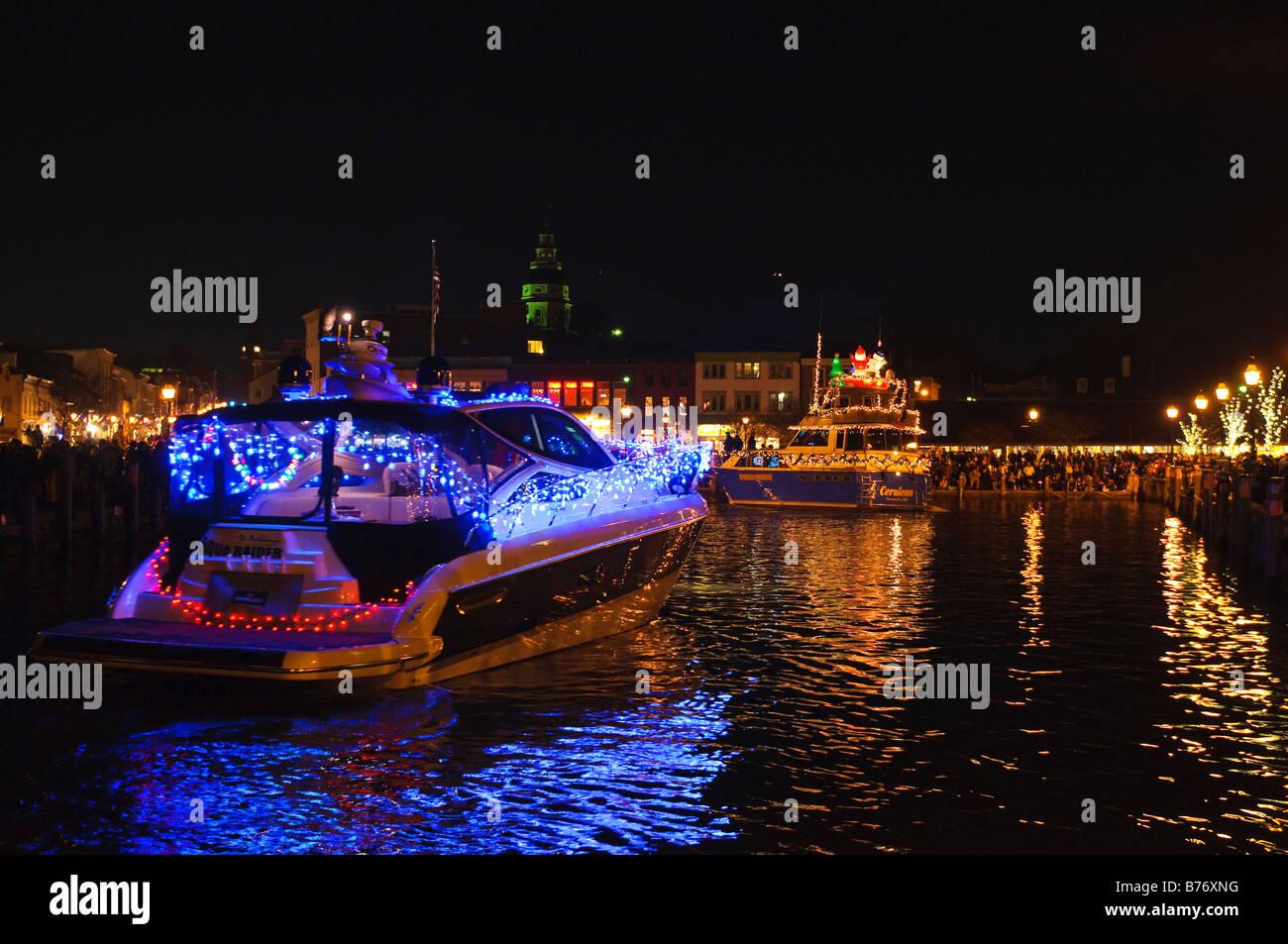 Boat Parade Lights Stockfotos & Boat Parade Lights Bilder - Alamy
