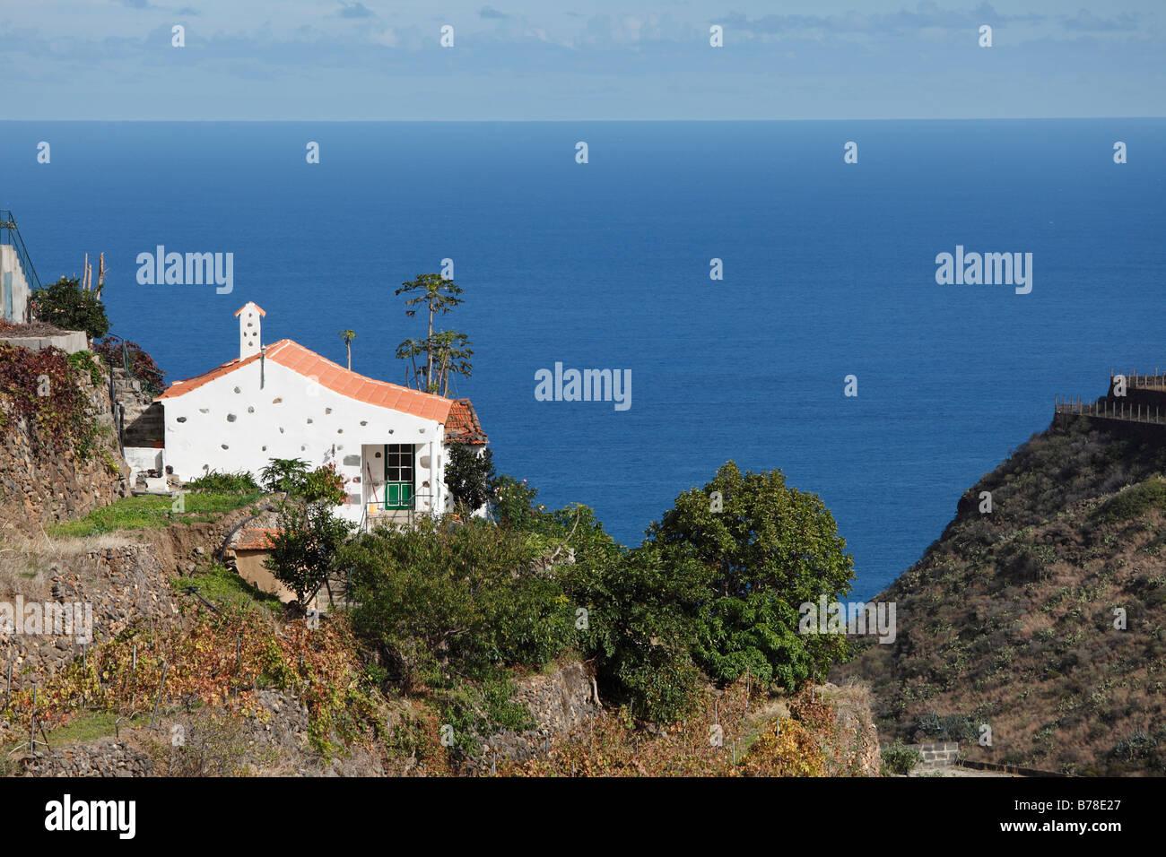 Hermigua la gomera canary islands stockfotos hermigua la for Haus in spanien