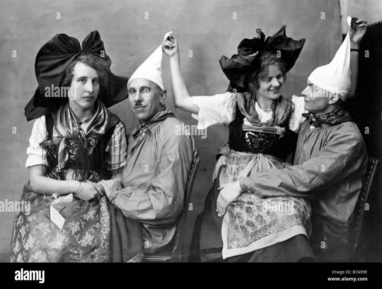 Historisches Foto, Costume national Gruppe, ca. 1920 Stockbild