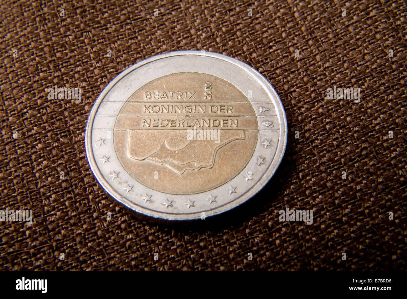 2 Euro Münze Reverse In Niederlande Funktionen Bild Von Königin